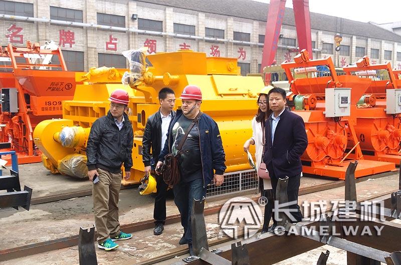 郑州长城建机建厂厂区一角